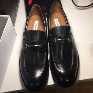 Steve Madden Black Dress Shoes M13